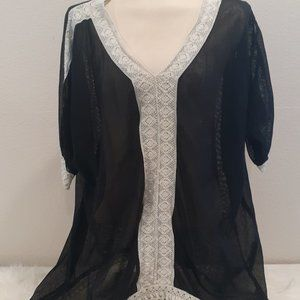3x25 CUTE OPTIONS tunic black sheer and beige lace